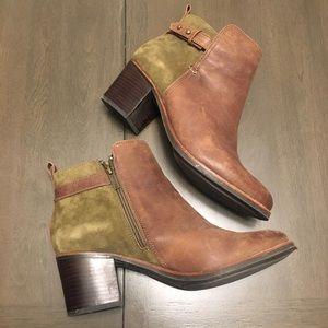Sperry Ambrose Block Heel Ankle Booties Size 9
